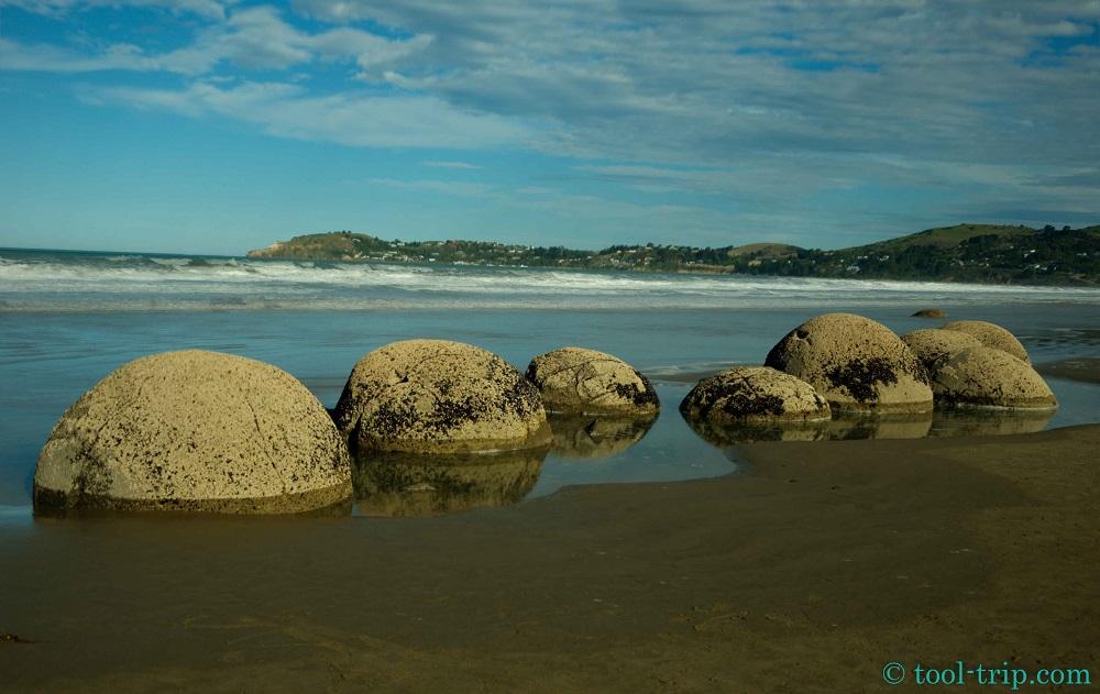 Moeraki boulders-2