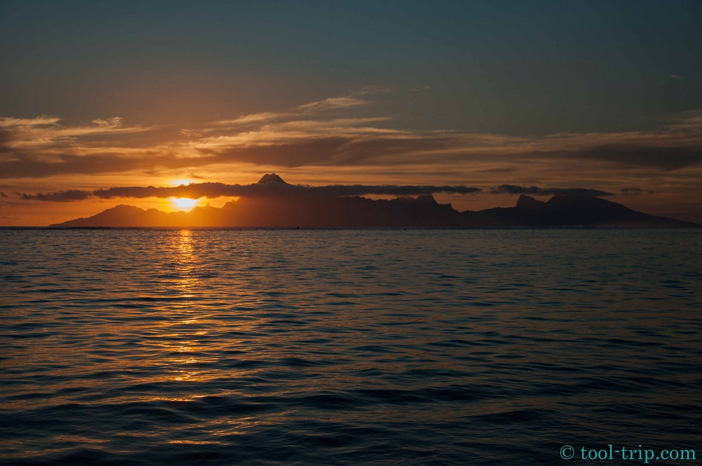 Sunset Moorea PK18