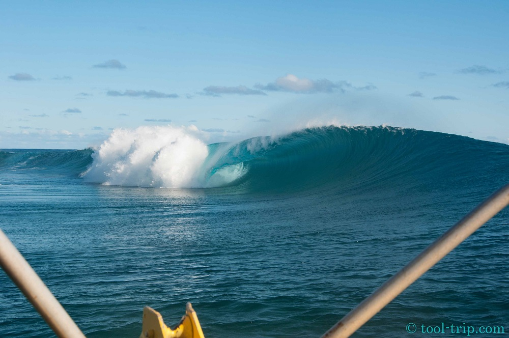 Vague Teahupoo-2