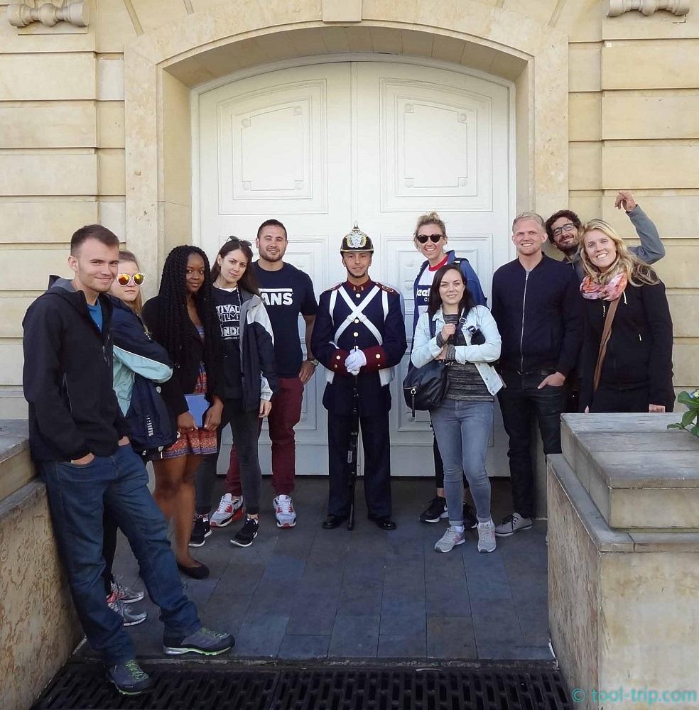 Free walking tour group