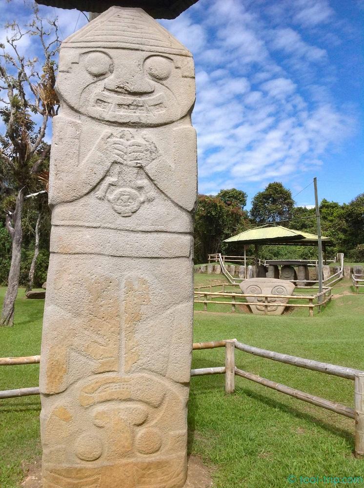 Parque double statue