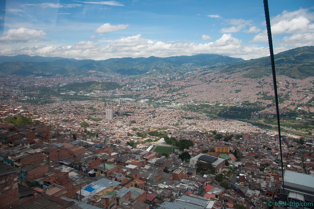 cable-car-view-medellin