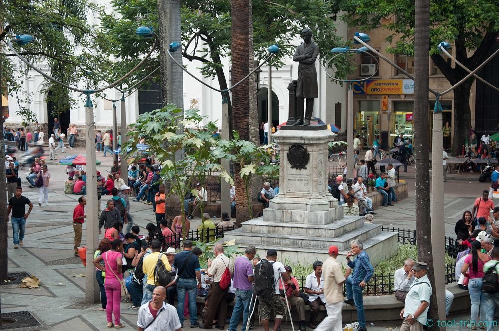 central-square-locals