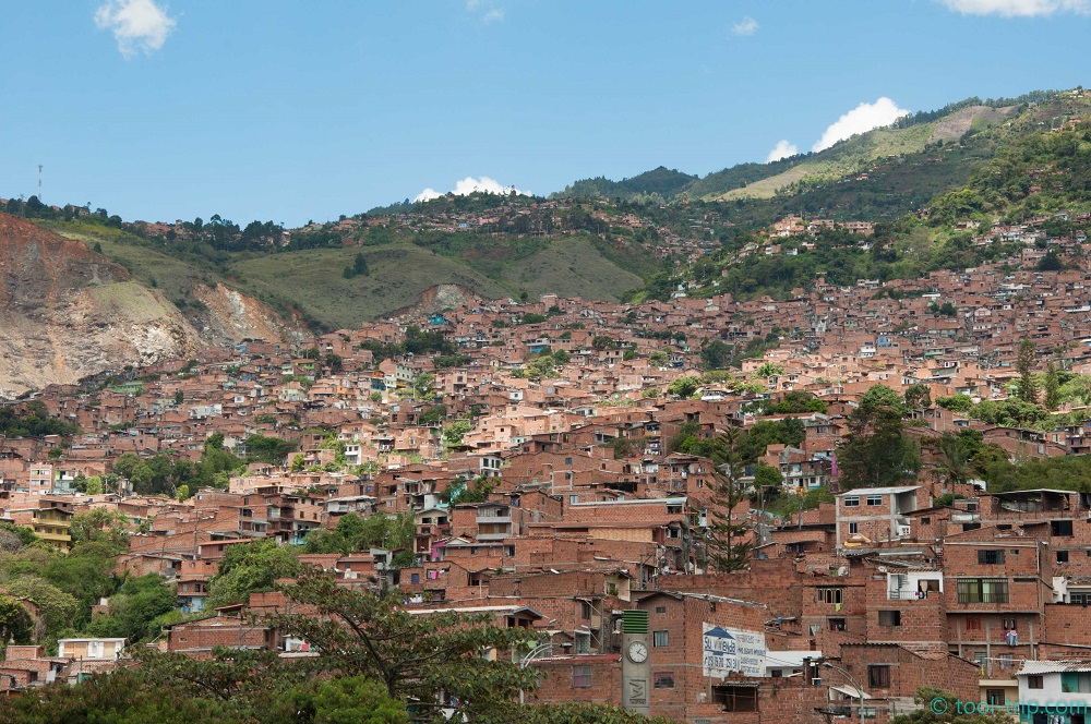 favela-near-san-domingo