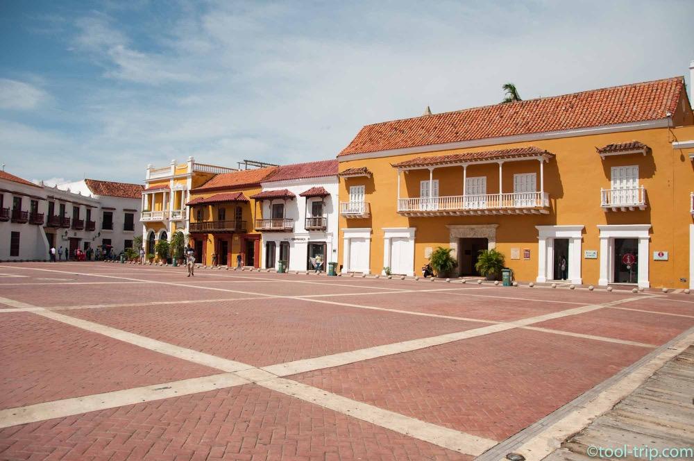 plaza-de-la-aduana