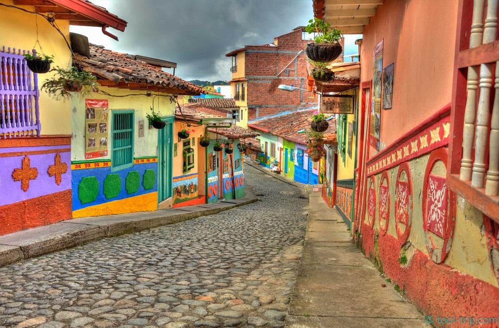 road-2-guatape