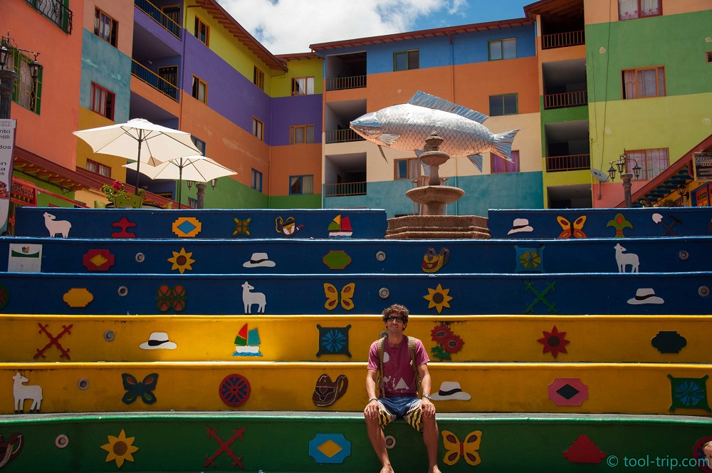 coloured-staircase-guatape